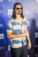 03-Kevin-Richardson-Arrives-to-Drais-Beachclub-for-Backstreet-Boys-Takeover-7.2.17_credit-Jesse-J-SutherlandTony-Tran-Photography